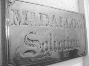 Dallow plaque